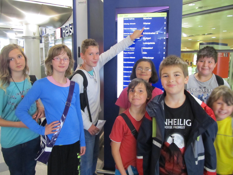 Kids der Regenbogenschule in Nauen auf ÖPNV-Rallye