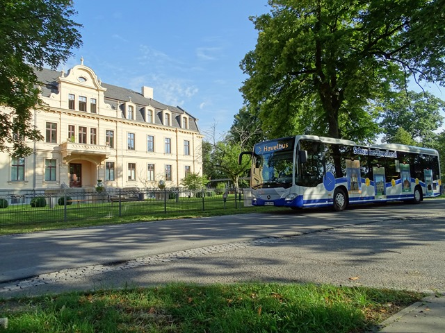Mit der Havelbus-Linie 661 am Wochenende nach Ribbeck